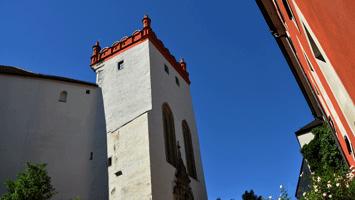 Matthiasturm vom Schlossgraben