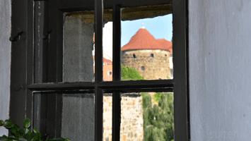 Röhrscheidtbastei durch das Fenster der Alten Wasserkunst