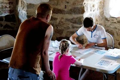 papierflieger basteln im Turm